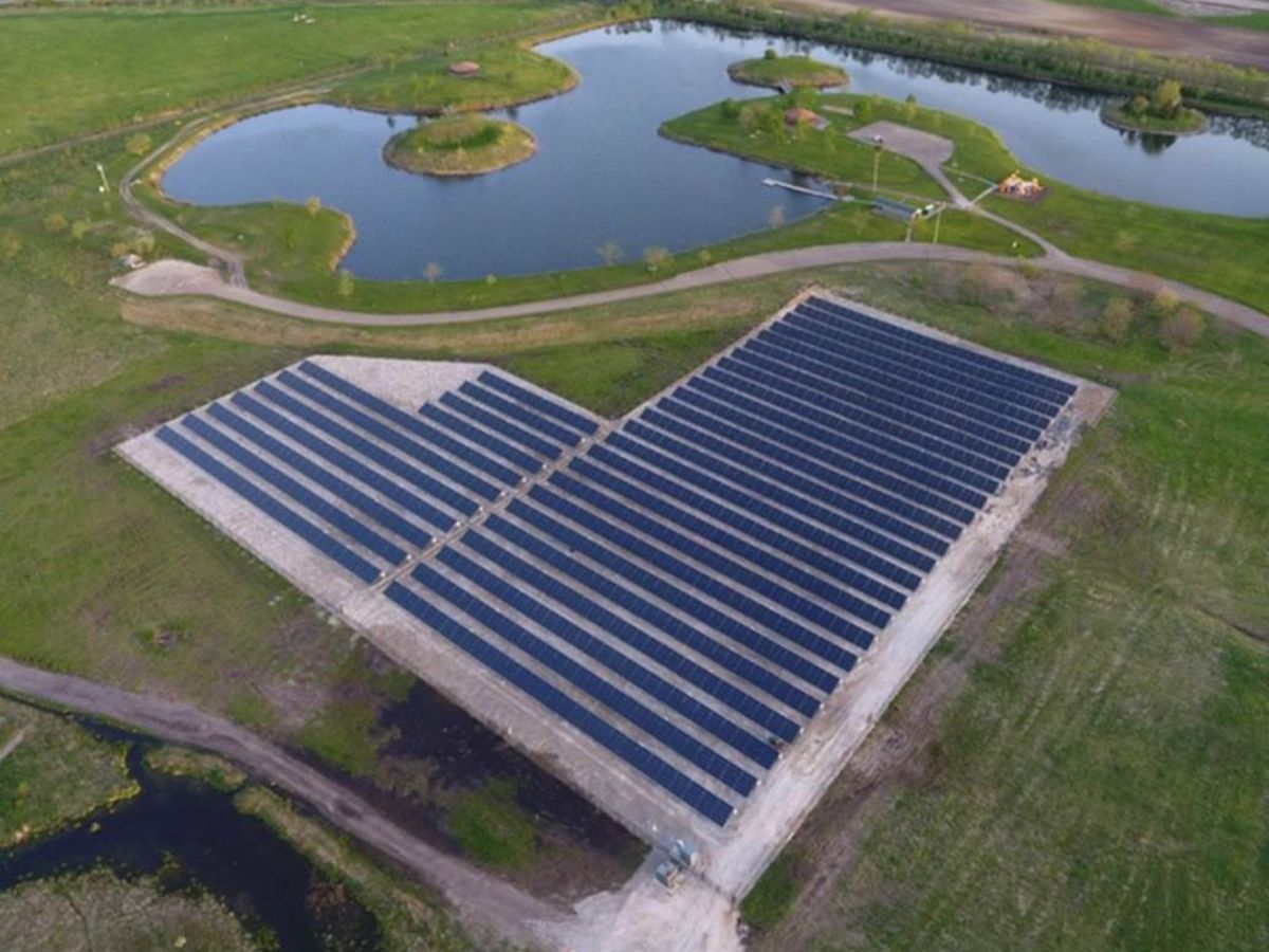 Solar demonstration project powers 32 independent electric systems