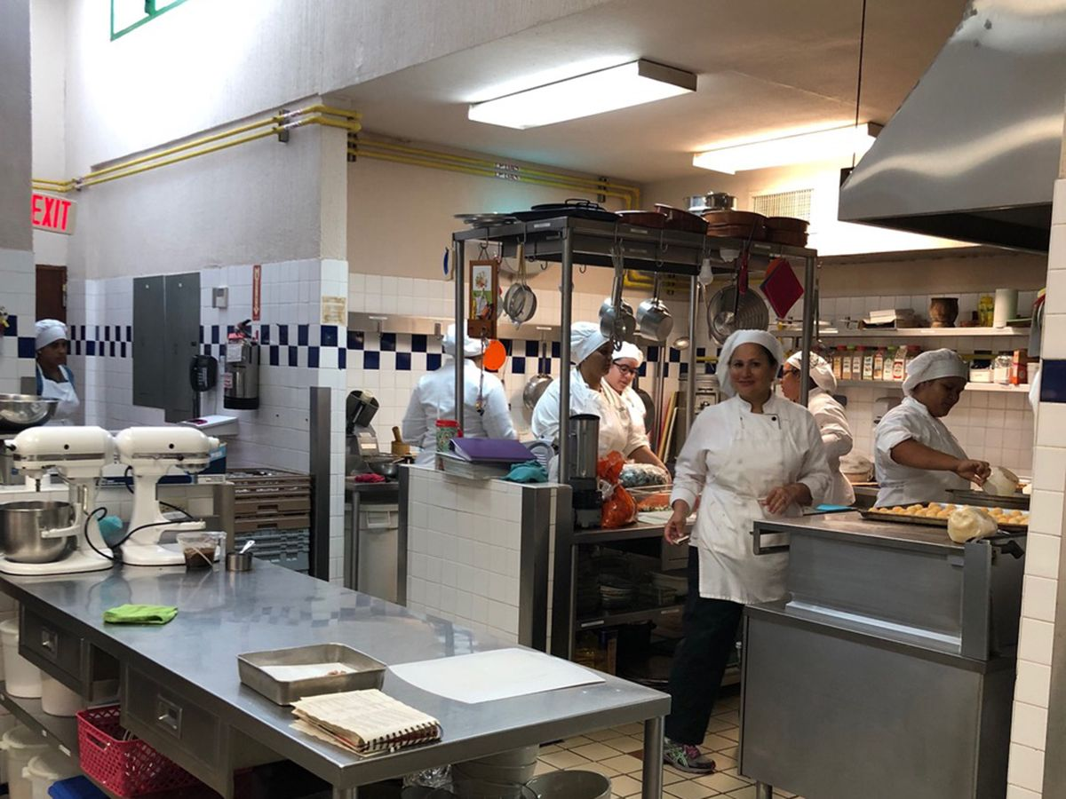 Cat® generator set aids in disaster relief for culinary school.