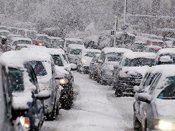 Traffic Jam during Snowstorm