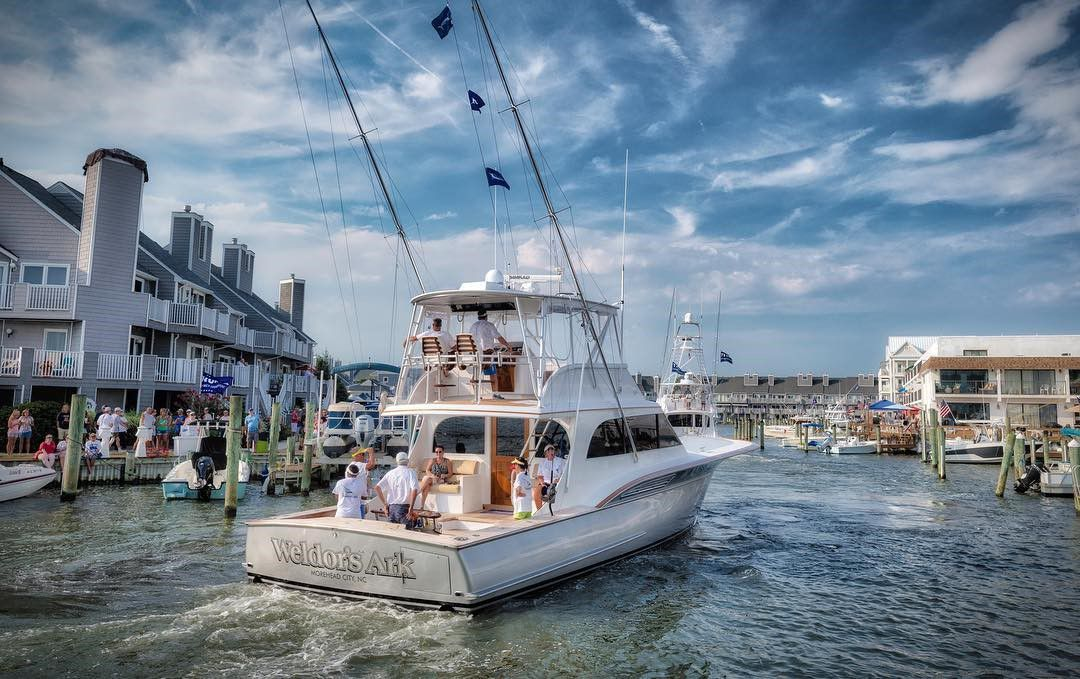 Shot of Weldor's Ark coming into Ocean City's Harbor Island Marina by RT Photography