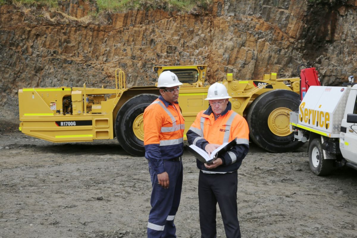 Customer Support – Cat dealer services keep underground mining equipment productive.