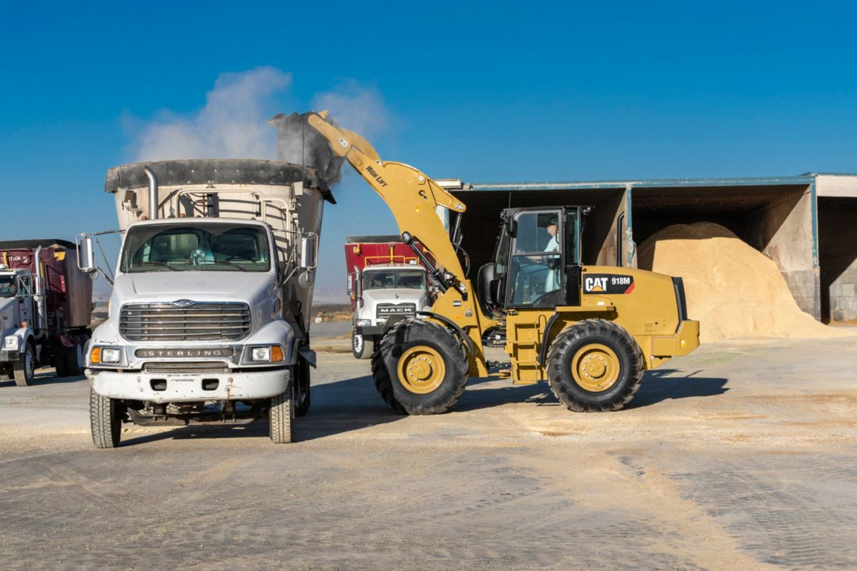Cat 918m Compact Wheel Loader Caterpillar Cycle Country Electric Lift Wiring Diagram A High Option Is Available To Extend Both Reach And Dump Clearance For More Demanding Tasks