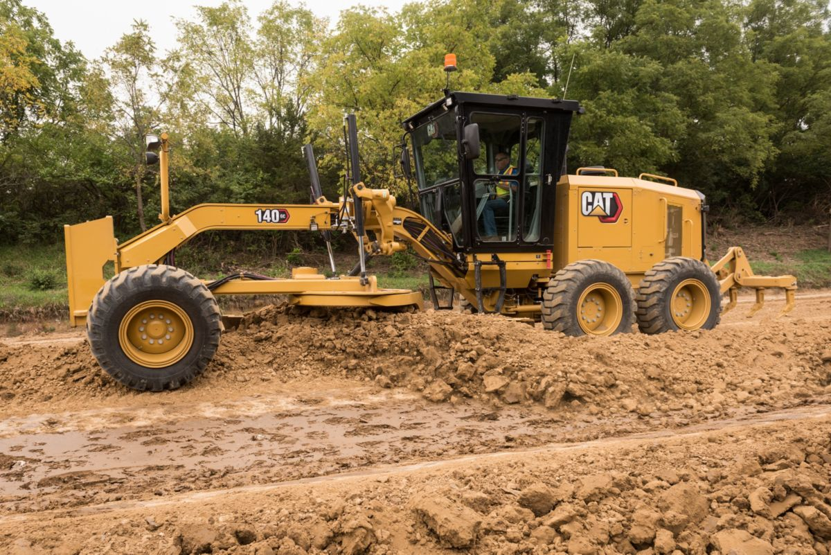 The new Cat 140 GC motor grader