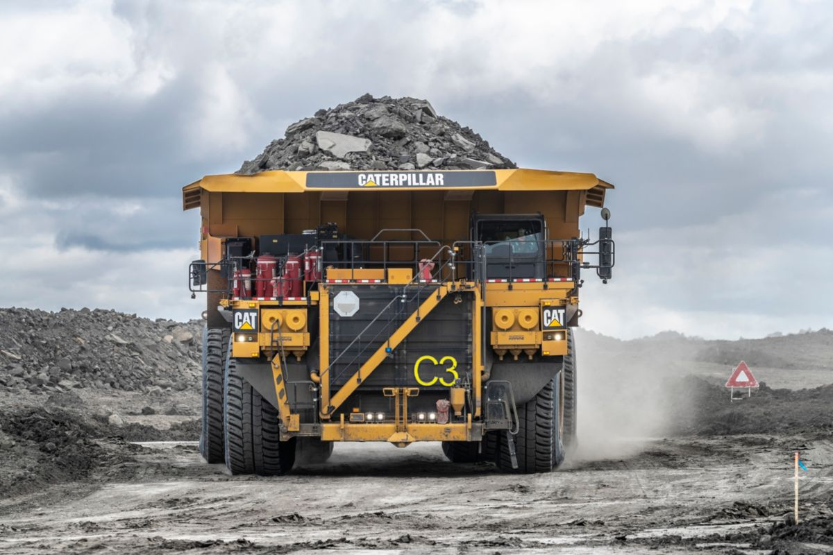 Cat 797F Tier 4 Final Large Mining Truck