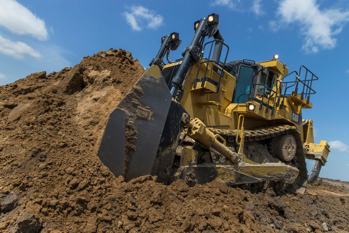Cat D10T2 pushing dirt