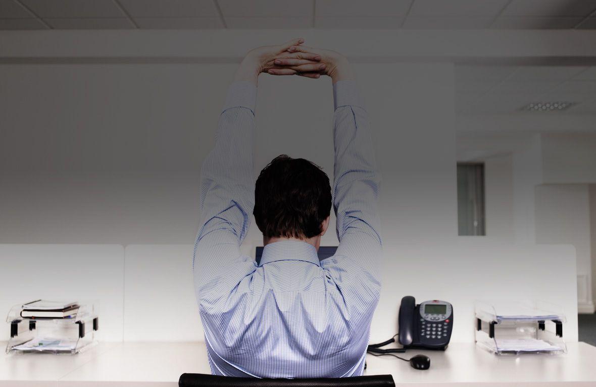 Esercizi per l'operatore: stretching dopo una giornata trascorsa nell'abitacolo o alla scrivania