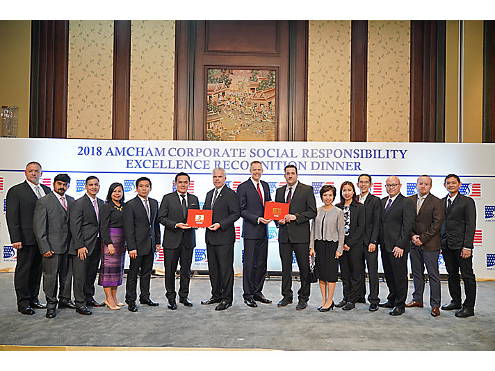 Members of our Thailand team at the AMCHAM recognition award presentation.