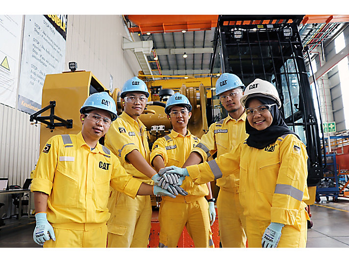 Our Caterpillar Indonesia team at our Batam facility.