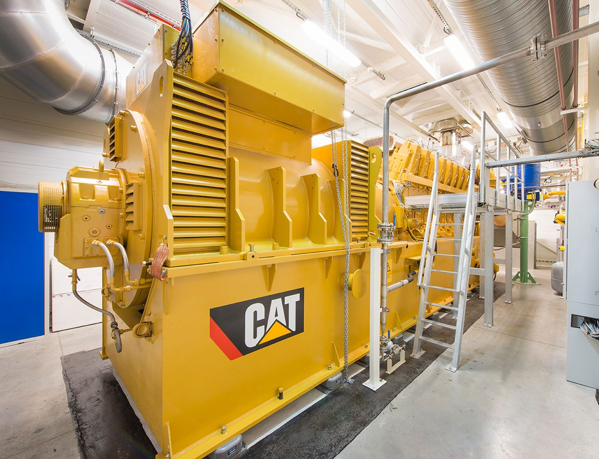 JMP invested in a new Cat CG260-16 high-efficiency cogeneration unit, which guarantees continuous lighting and air temperature regulation in the greenhouse.