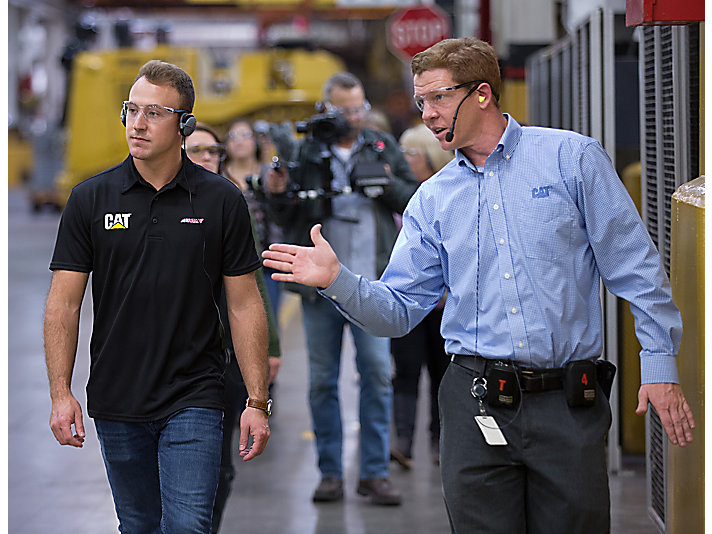 Daniel Hemric visits Cat