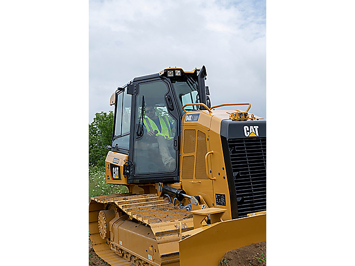 The D4K2 LGP Track Tractor from the Cat rental store that features greater track length and a stable platform lead to optimum balance, allowing customers like Purcell Land Mangement to complete jobs easier and quicker than with competitive machines.