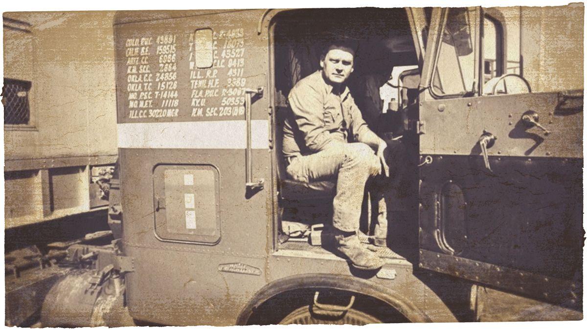 Vintage Trucking Photo 1