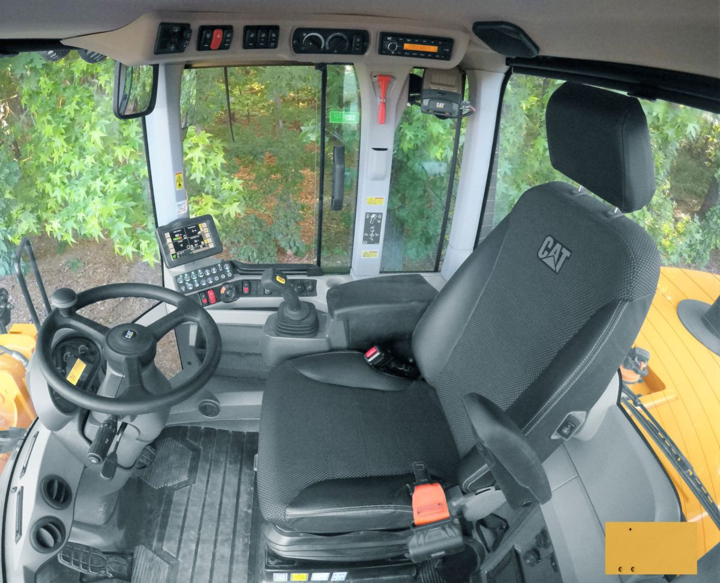 Cat 938M SWL cab