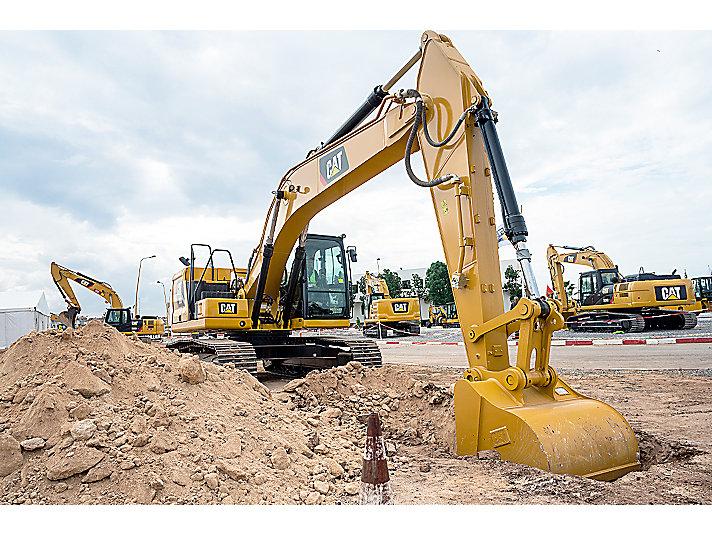 Grade with 2D for Excavators