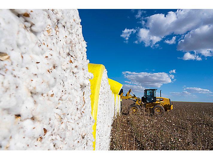 Caterpillar - Abrindo caminho para o agronegócio