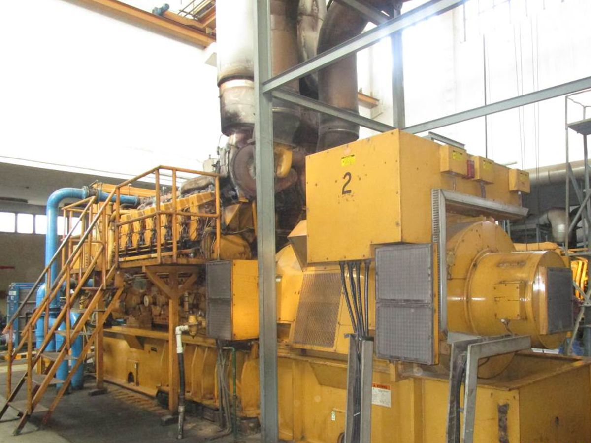 Two Cat ® 3612 furnace oil generator sets have been providing power to Din Textile Mills, Ltd. since 1997.