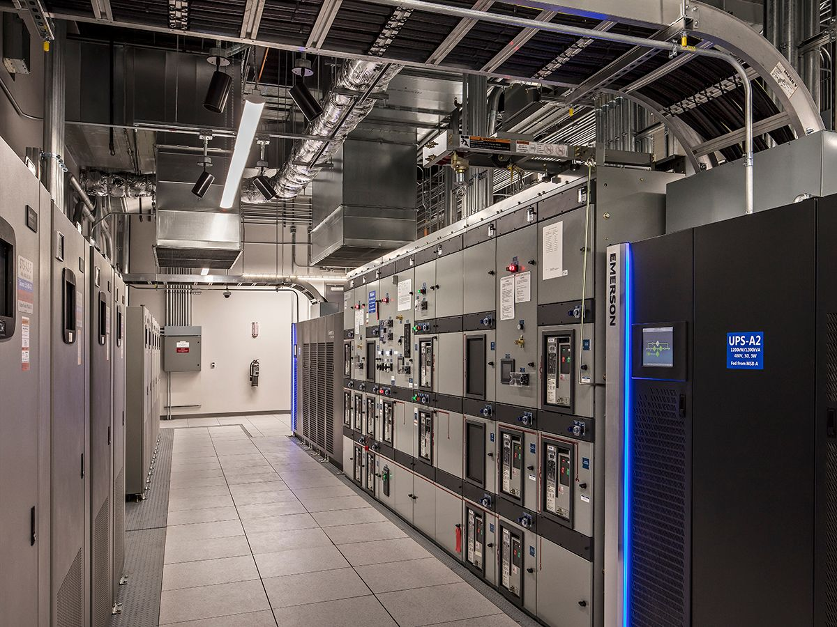 Figure 1: This co-location data center power block electrical room has switchgear, uninterruptible power supplies, and static transfer switches. All graphics courtesy: Jacobs