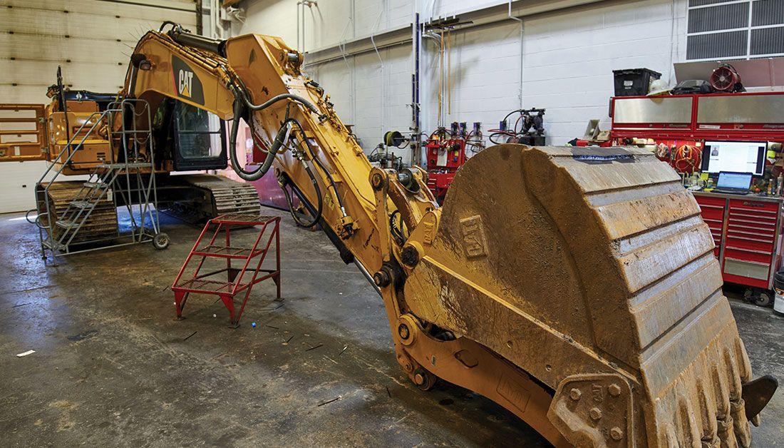 Hydraulic Rebuild (Excavator)