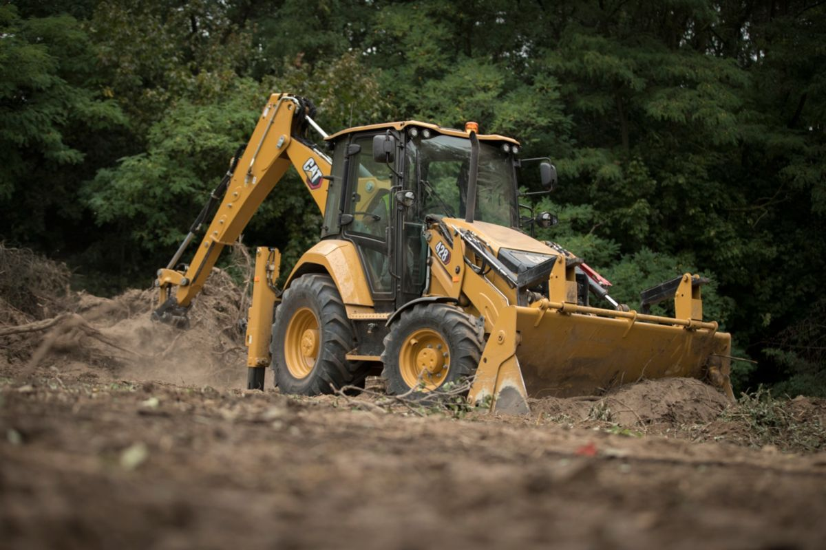 Cat® Backhoe Loaders