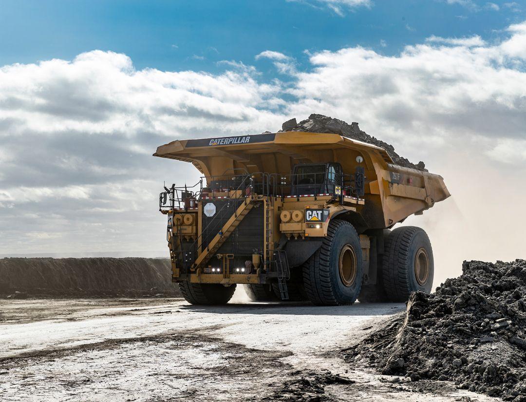 Large Mining Trucks