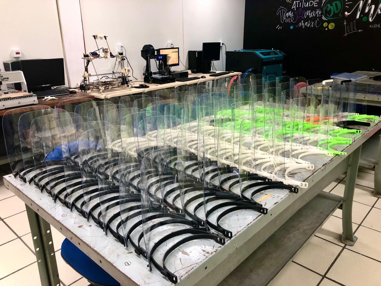 Escola técnica recebeu apoio para entregar até 100 máscaras por semana a hospitais