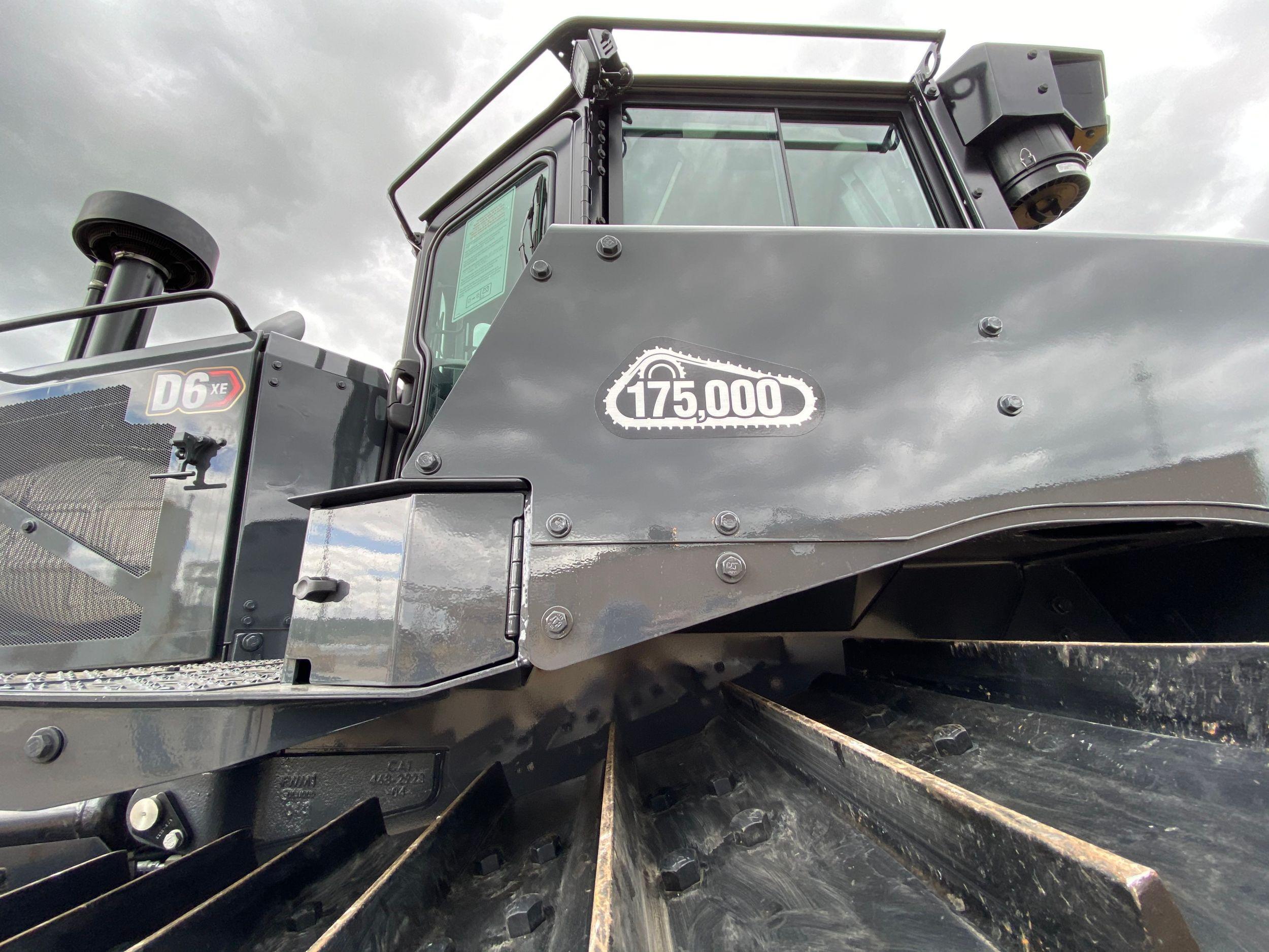 Cat® D6 XE track-type tractors