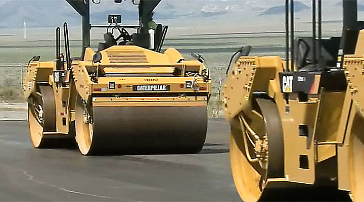 Technology Improves Communication and Compaction for Utah Contractor