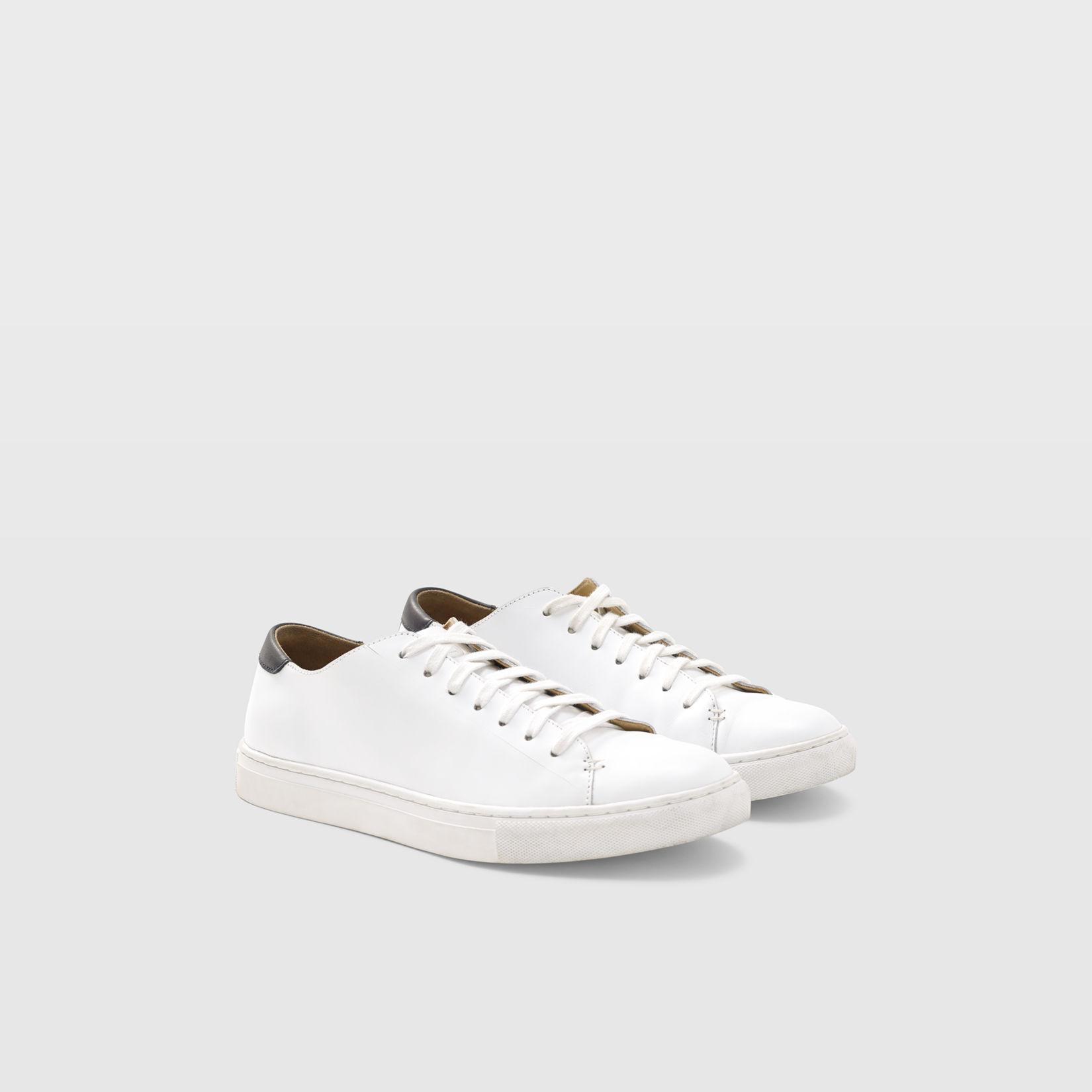 e28ce8463d3b Club Monaco Leather Sneaker