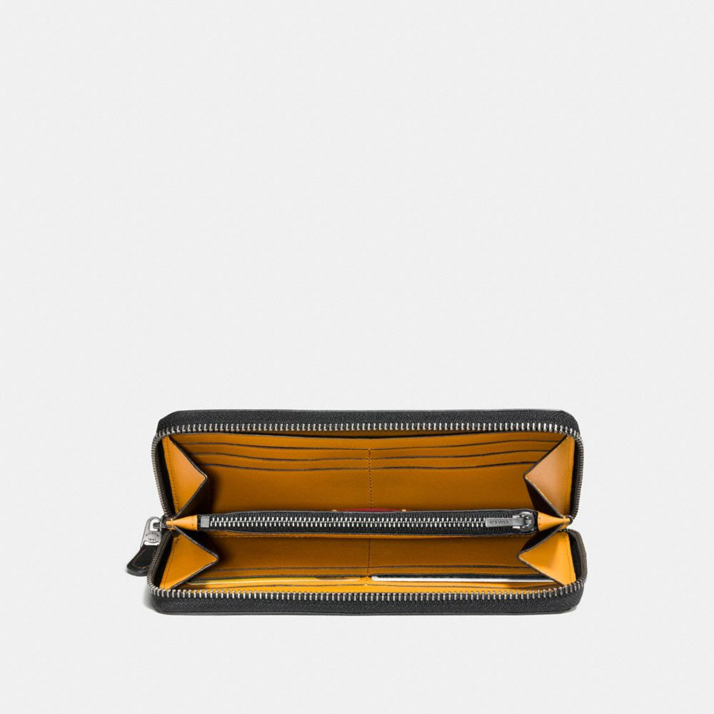 ACCORDION WALLET IN GLOVETANNED LEATHER WITH EMBOSSED SPACE - Alternate View