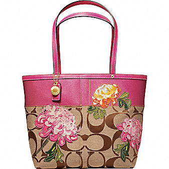 Coach Official Site - SIGNATURE STRIPE FLORAL TOTE from coach.com