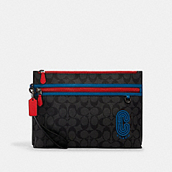 CARRYALL POUCH IN COLORBLOCK SIGNATURE CANVAS WITH COACH PATCH - QB/CHARCOAL/ BLUE JAY MULTI - COACH 1220