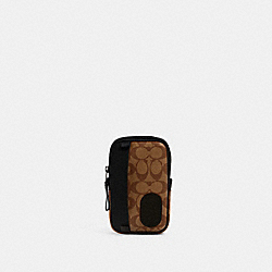 NORTH/SOUTH HYBRID POUCH IN SIGNATURE CANVAS WITH COACH PATCH - QB/TAN BLACK - COACH 1263