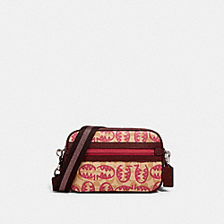 VALE JES CROSSBODY IN SIGNATURE CANVAS WITH REXY BY GUANG YU - SV/LT KHAKI/ELCTRC PINK MULTI - COACH 1504