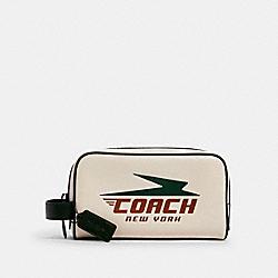 SMALL TRAVEL KIT WITH VINTAGE COACH PRINT - QB/CHALK MULTI - COACH 1599
