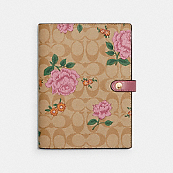 NOTEBOOK IN SIGNATURE CANVAS WITH PRAIRIE ROSE PRINT - LIGHT KHAKI/PINK - COACH 1740