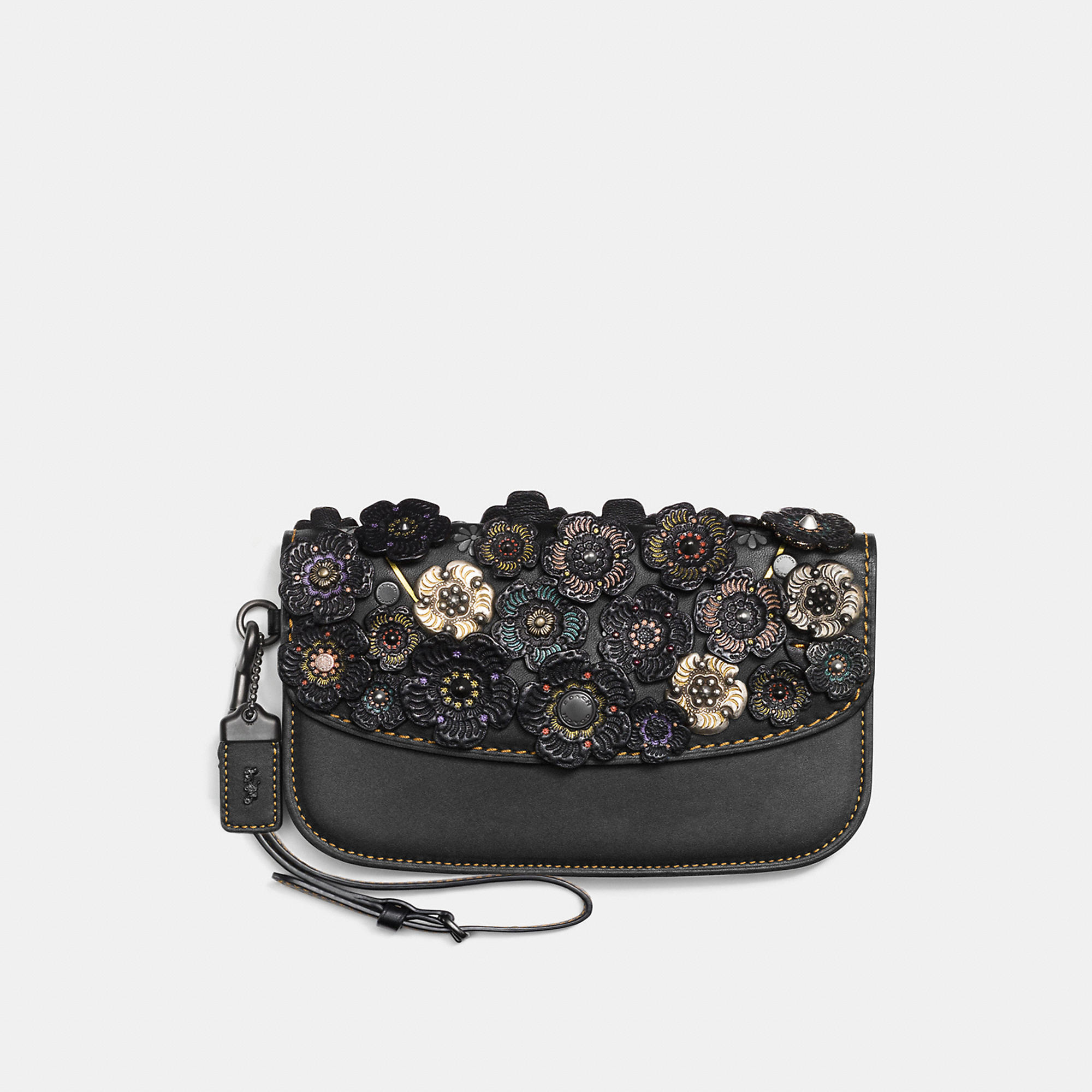 Coach Clutch In Glovetanned Leather With Tooled Tea Rose