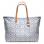 LEGACY WEEKEND PRINTED SIGNATURE LARGE DOGLEASH TOTE
