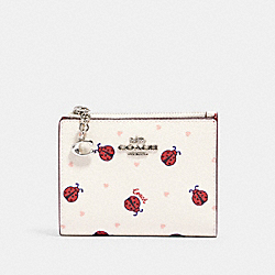 SNAP CARD CASE WITH LADYBUG PRINT - SV/CHALK/ RED MULTI - COACH 2427