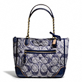 POPPY QUILTED SIGNATURE C DENIM SMALL CHAIN TOTE