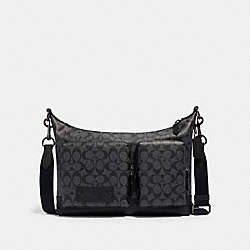 RANGER POCKET MESSENGER IN SIGNATURE CANVAS - QB/CHARCOAL BLACK - COACH 2942