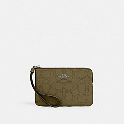 CORNER ZIP WRISTLET IN SIGNATURE LEATHER - QB/KELP - COACH 2961