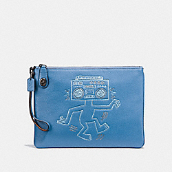 COACH X KEITH HARING TURNLOCK WRISTLET 30 - SKY BLUE/BLACK COPPER - COACH 30579