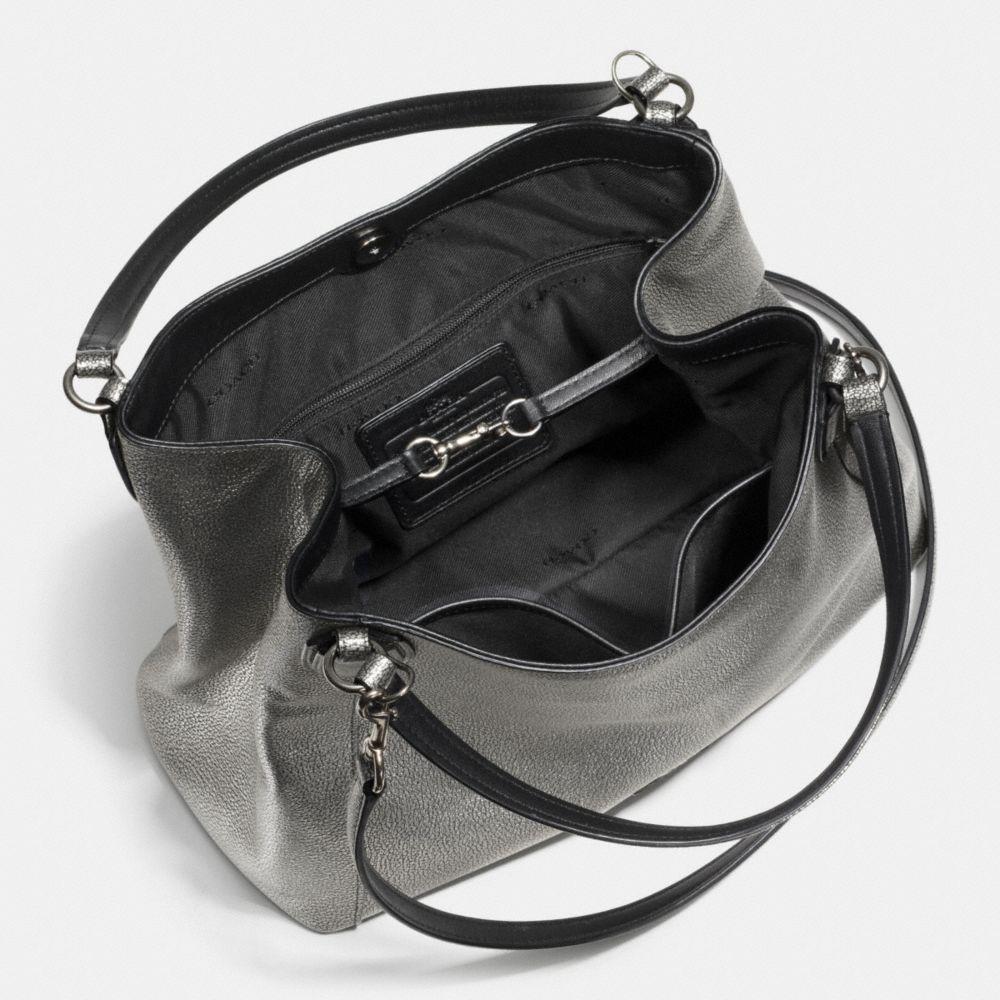 EDIE SHOULDER BAG 28 METALLIC PEBBLE LEATHER - Alternate View A3
