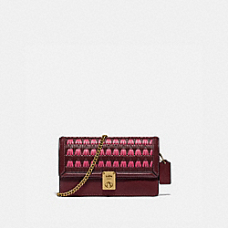 HUTTON CLUTCH WITH WEAVING - B4/CONFETTI PINK MULTI - COACH 3652