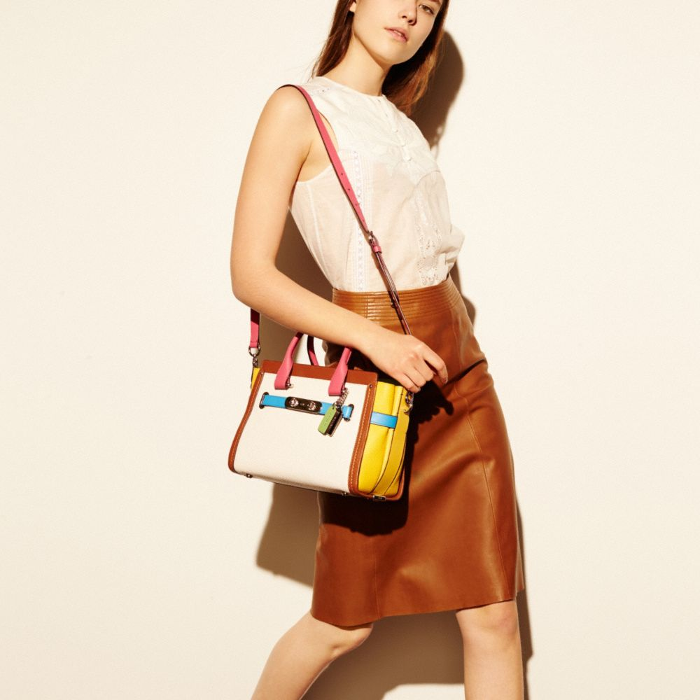 COACH SWAGGER 27 CARRYALL IN RAINBOW COLORBLOCK LEATHER - Alternate View A4
