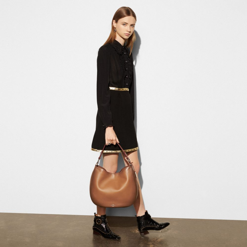 Coach Coach Nomad Hobo in Burnished Glovetanned Leather Alternate View 4