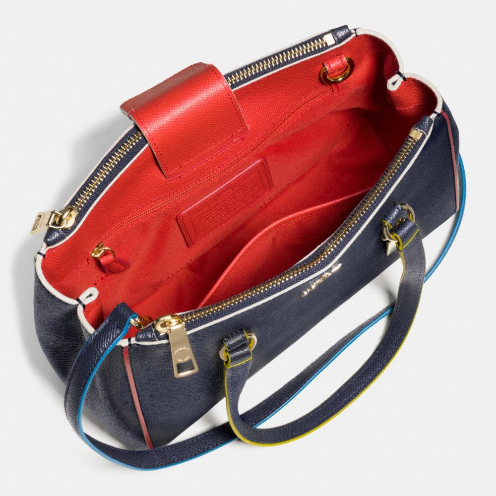 Stanton Carryall 26 in Edgestain Leather - Alternate View A3