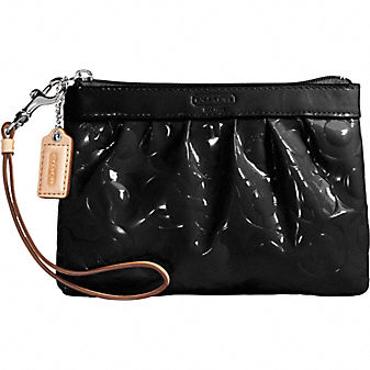 Coach Official Site - LEAH PATENT SMALL WRISTLET :  small bags shoes leather goods