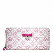 Waverly Hearts Accordion Zip With Bow