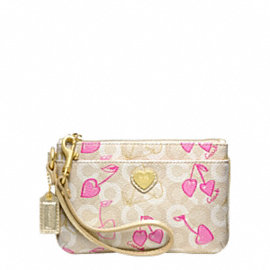 WAVERLY CHERRY SMALL WRISTLET